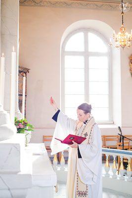 Bröllops vigsel , Fotograf Evelina Eklund Hassel i Jönköping och Karlstad